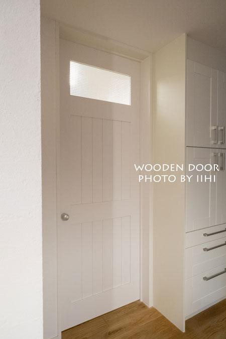 Woodendoor4_iihi.jpg