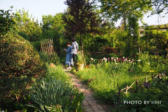 gardencafegsan2015apr.jpg